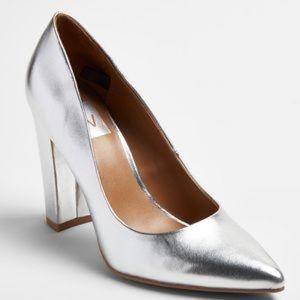 NWOT Dolce Vita DV Silver Brie Block Heels